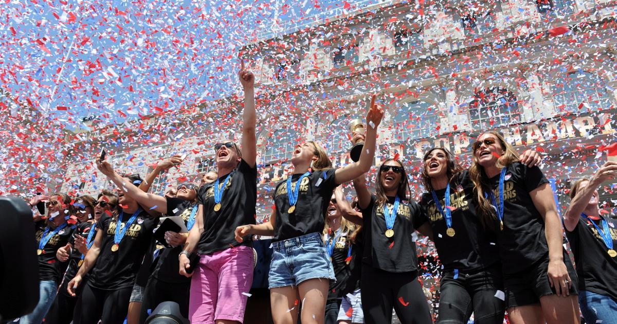u-s-women-soccer-team-celebrate-world-cup-win